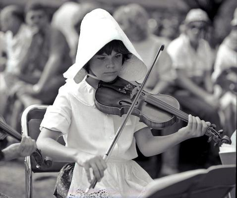 Afrikaans Girl Playing Violin Silverton Pretoria 1983